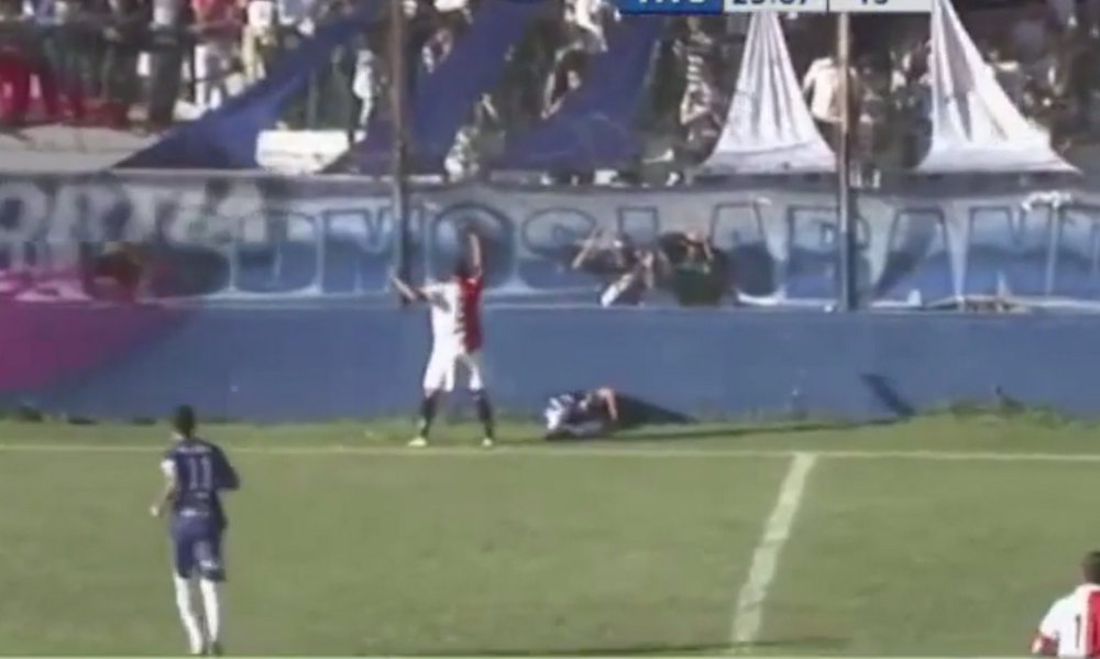 The death of football players during matches 49