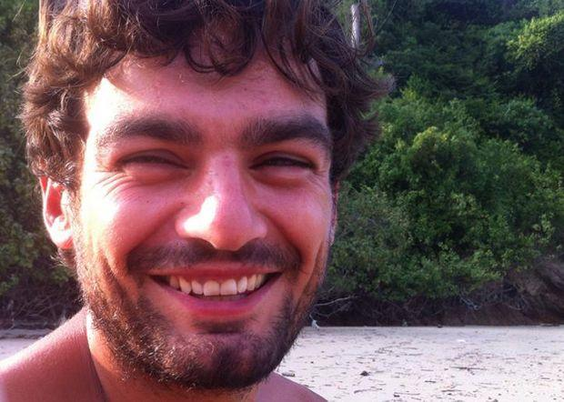 Malaysian police confirm that body found in Tioman is that of British tourist Gareth Huntley.