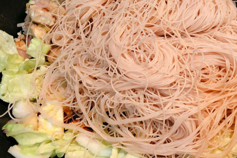 Abalone seafood brown rice beehoon