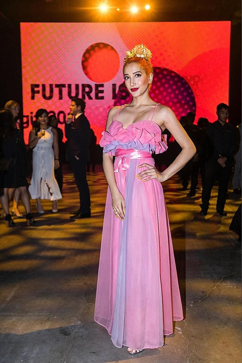 Burlesque helped Sukki Singapora take style risks