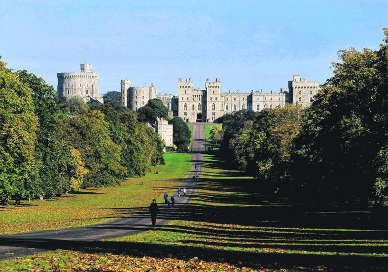 Explore London like a royal as monarch-mania reaches fever pitch