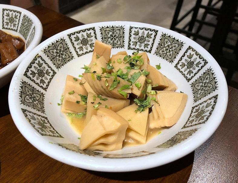 New name and location, same tasty Taiwanese menu