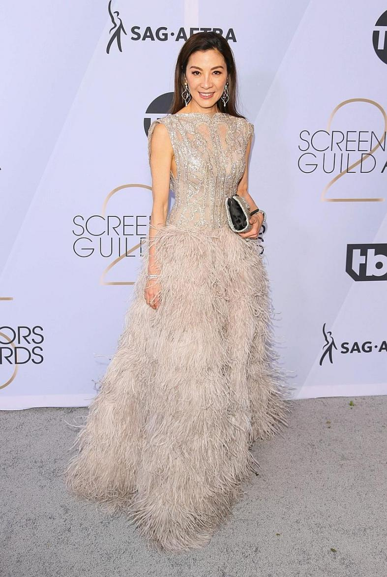 Gemma Chan leads the Crazy Rich Asians charge at SAG red carpet