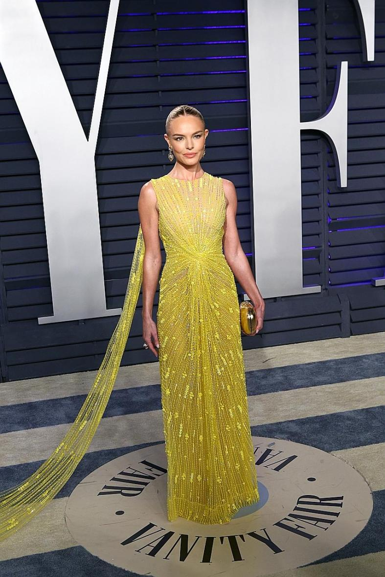 Kate Bosworth claims gold with sunshine gown