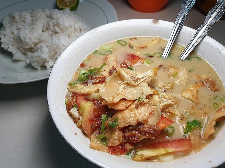 Street food satisfaction in Jakarta and Yogyakarta