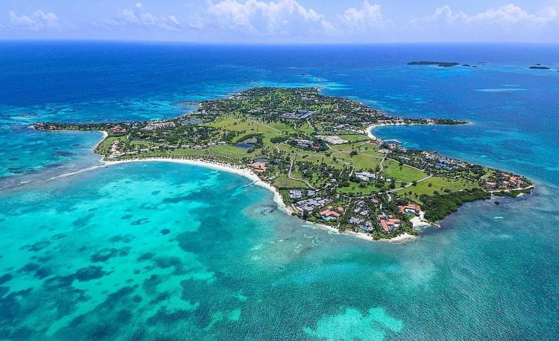 Head to the Caribbean for a guaranteed splash of sun