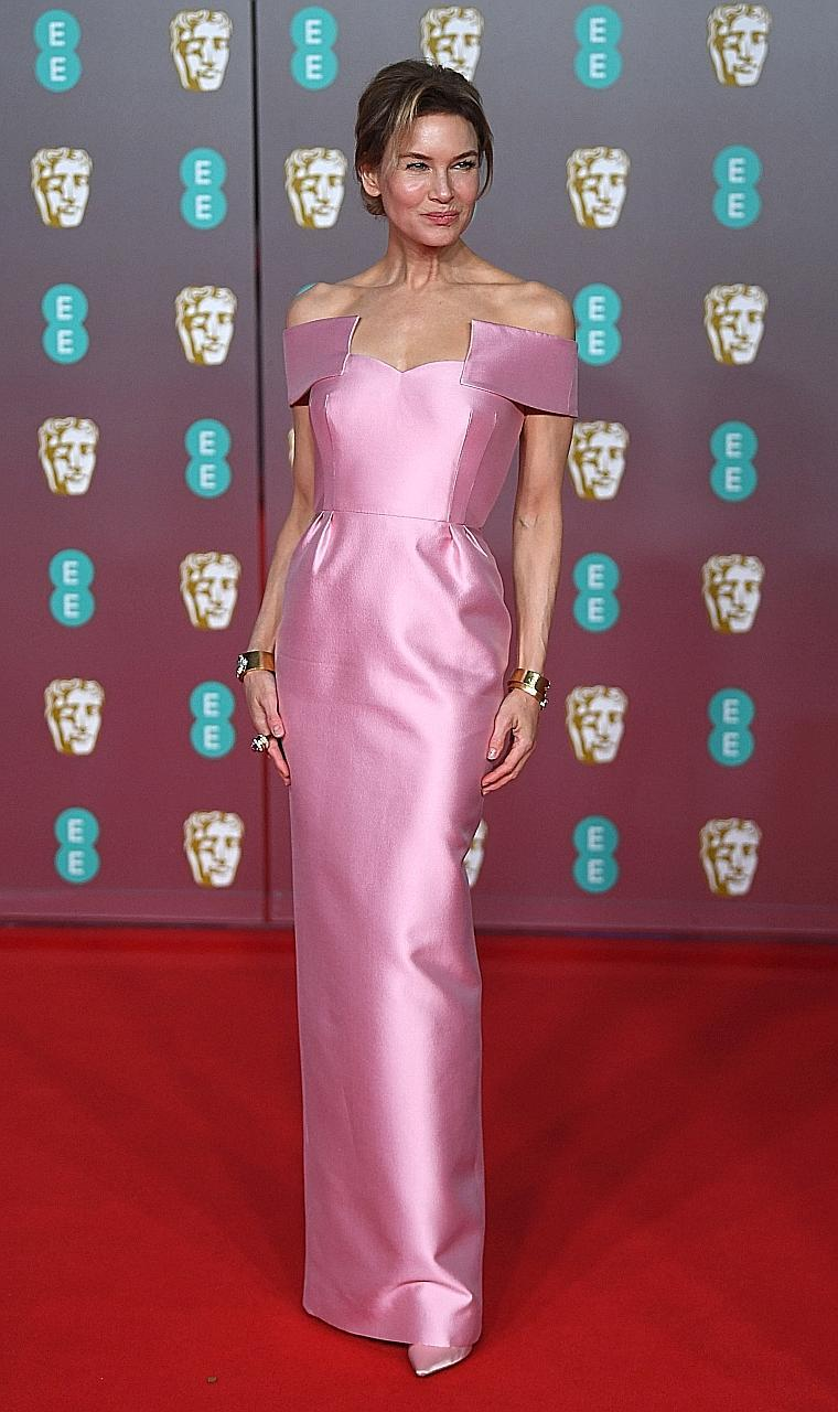 Rooney Mara is a black beauty at the Baftas