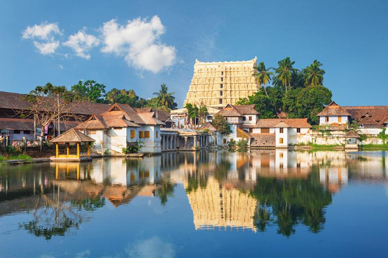 The Sri Padmanabhaswamy Temple shows architectural influences from both Kerala and neighbouring Tamil Nadu.