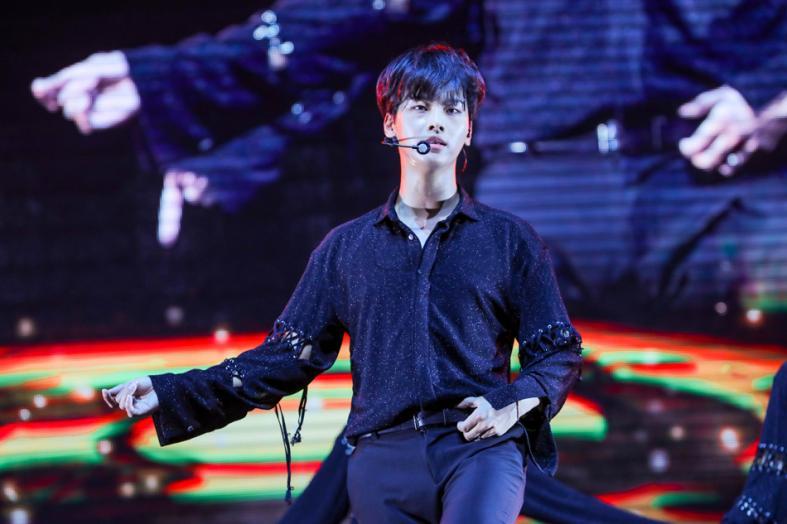 VIXX performing at their Shangri-La concert held at ZEPP @ Big Box, Jurong East
