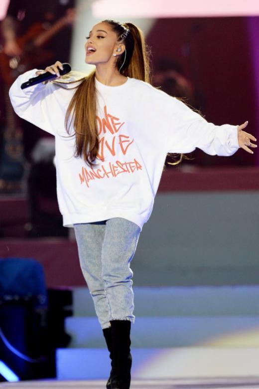 Ariana Grande resumes tour in Paris amid tight security