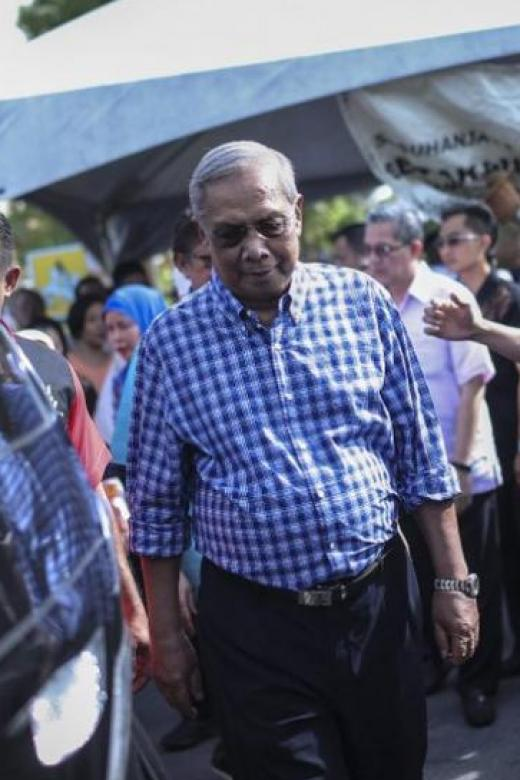Sarawak chief minister dies of heart attack