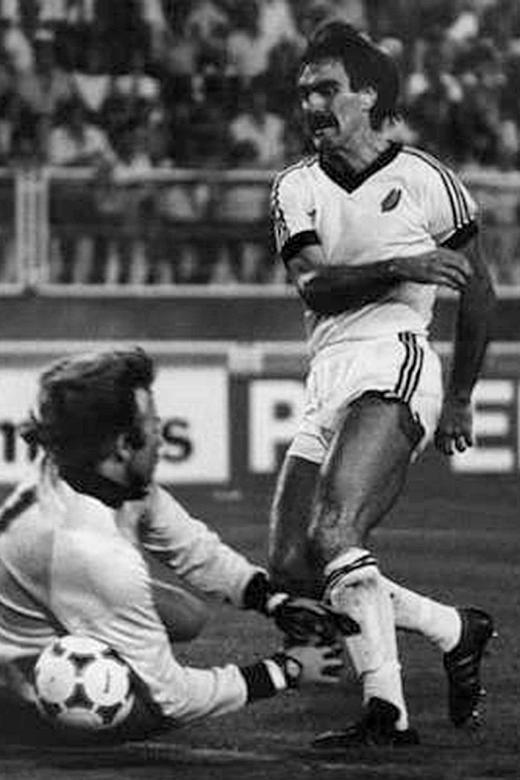 New Zealand's 1982 World Cup hero Sumner dies