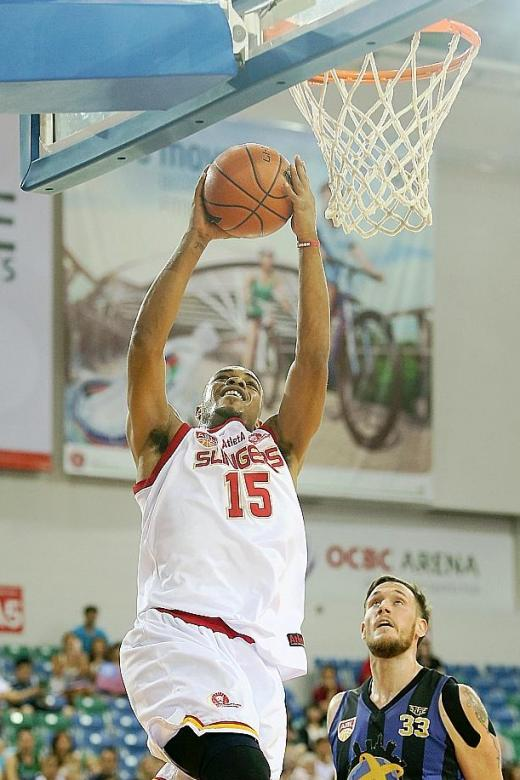 Slingers' Alexander steals show with rare triple-double