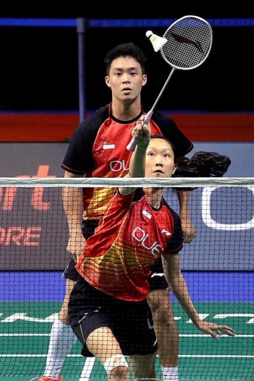 Hee and Tan eye quarter-final spot