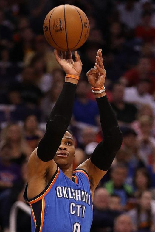Russell's one-man show not enough