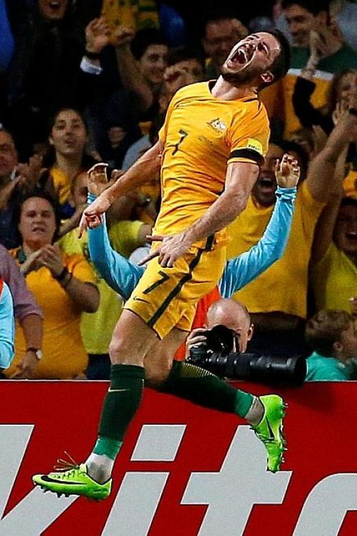 Socceroos soar in Sydney