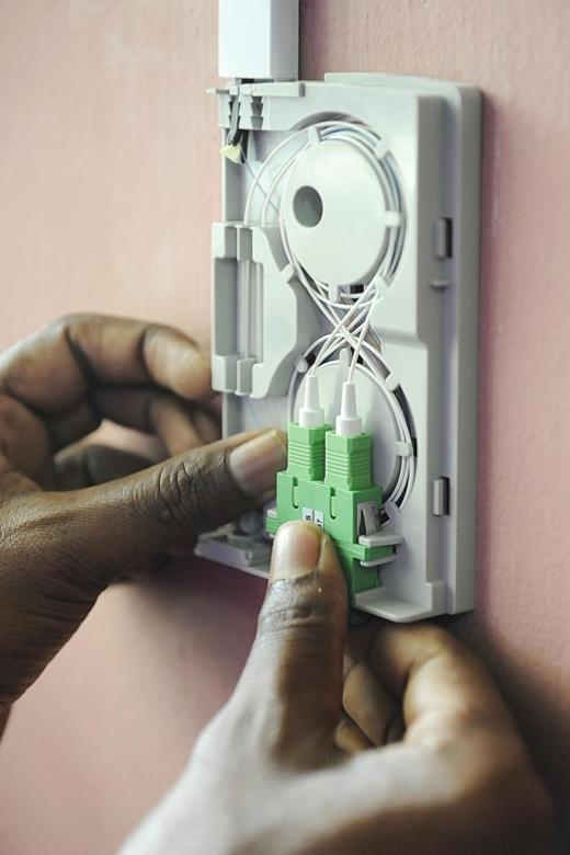 Rogue contractors con fibre broadband clients