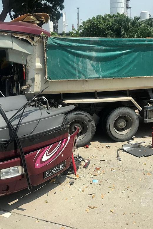 Accident on Jurong Island kills 1, injures 9
