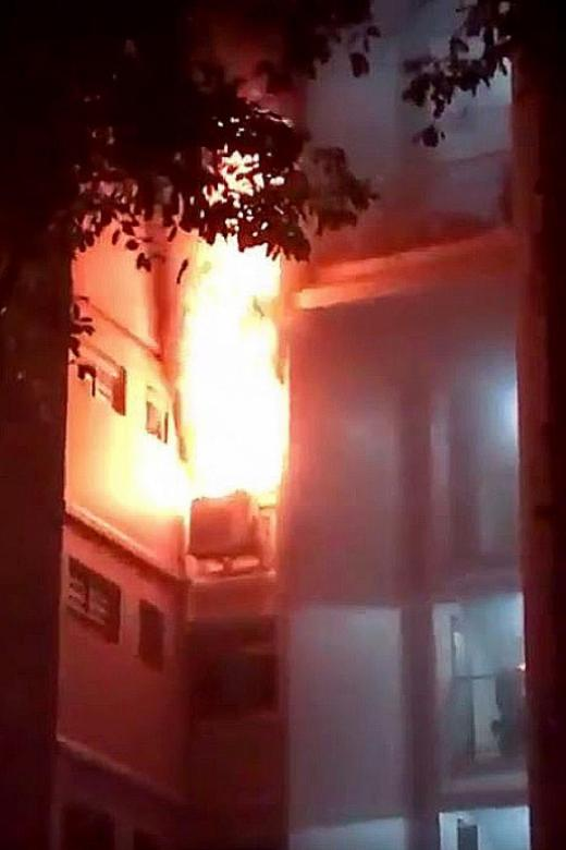 Fire breaks out at Woodlands flat
