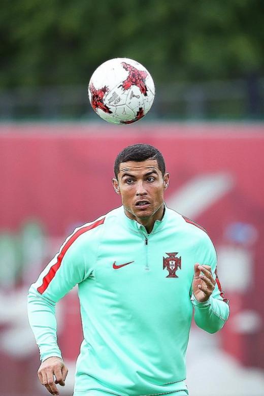 Chile wary of sharpshooter Ronaldo