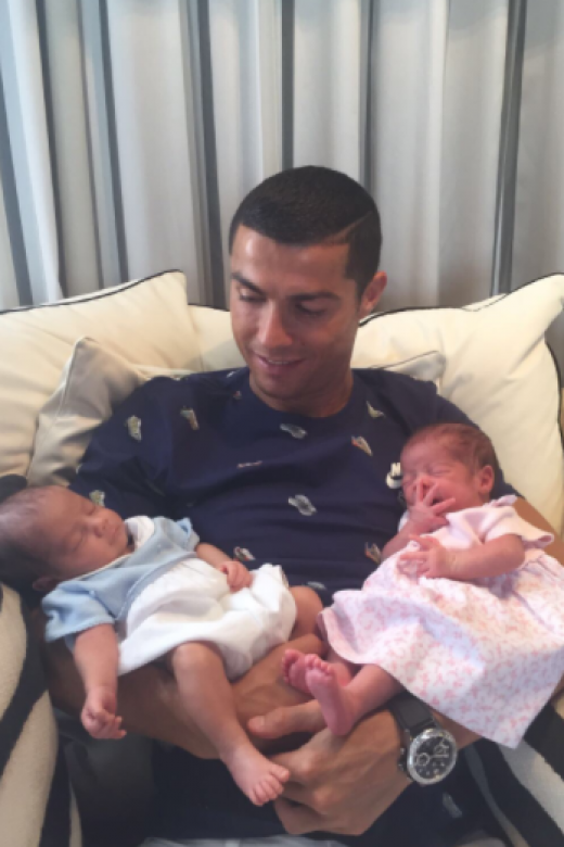 Ronaldo skips third-place game to meet his newborn twins