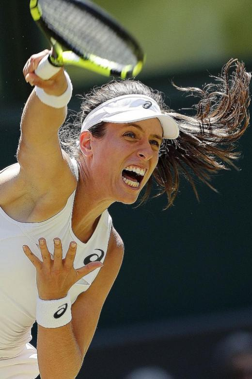 British babes battle on at Wimbledon
