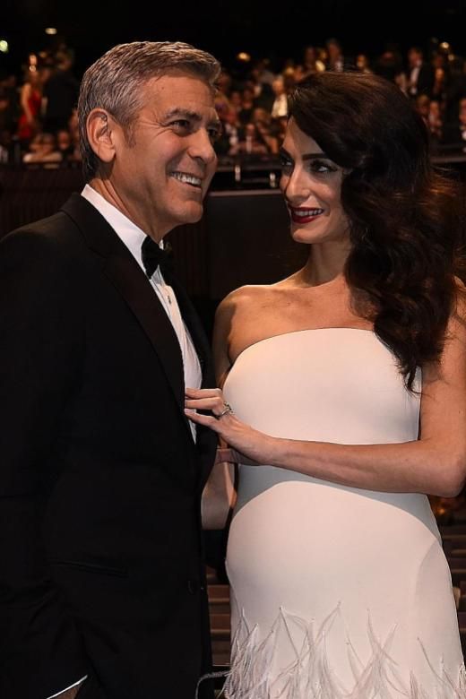 Clooney vows to sue French magazine