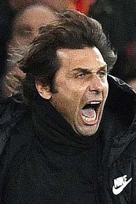 Conte hits back at 'small man' Mourinho