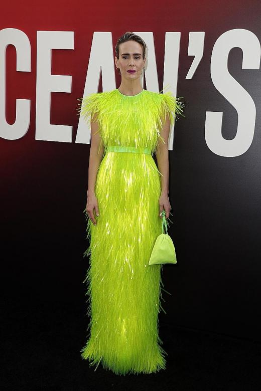Go with Sarah Paulson's red carpet glow
