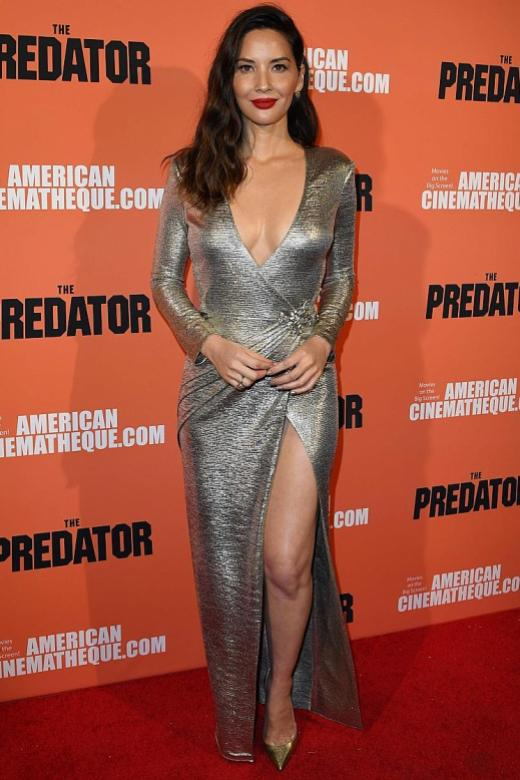 Olivia Munn adds sex appeal to old Hollywood glam