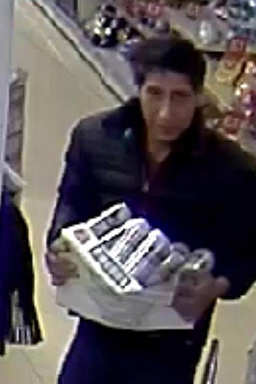 David Schwimmer jokes about uncanny resemblance to UK store thief