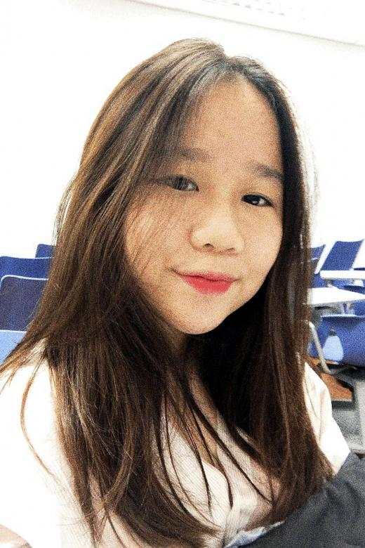 Singaporean woman on life support after accident in Melbourne