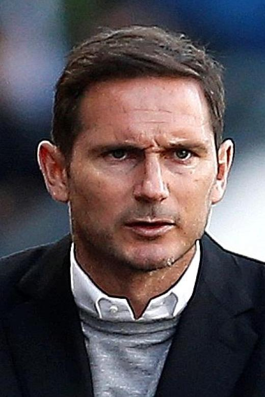 Lampard condemns decision to overturn penalty in loss