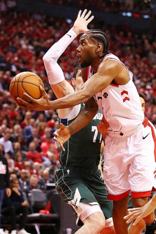 Toronto Raptors rally around injured Kawhi Leonard to level series