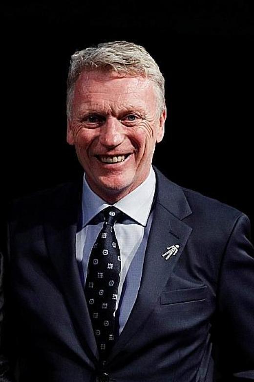 takes swipe Man Moyes policy  transfer at David United's