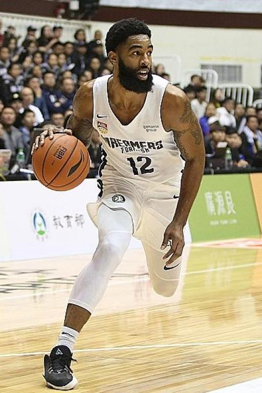 Former player Jerran Young denies Singapore Slingers victory in Taiwan