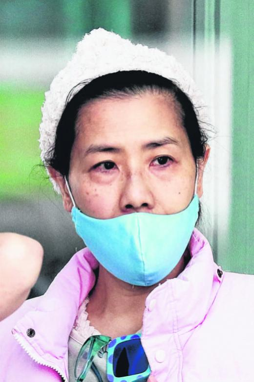 Maid tells court she was abused while massaging employer's wife