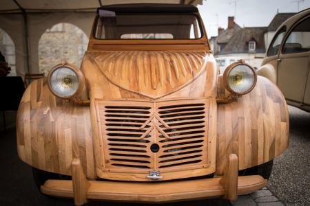 wooden 2CV