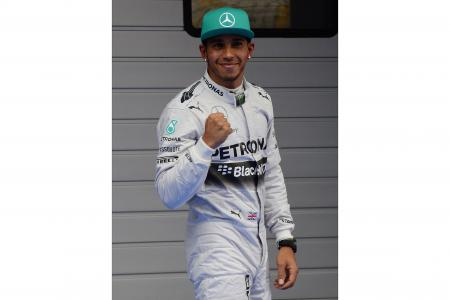 Hamilton grabs pole again