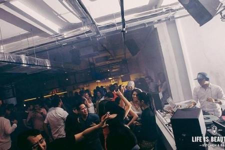 Chichi crowd spoils party
