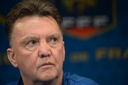 United deny van Gaal deal