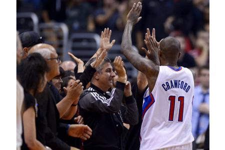 Clippers feel the love