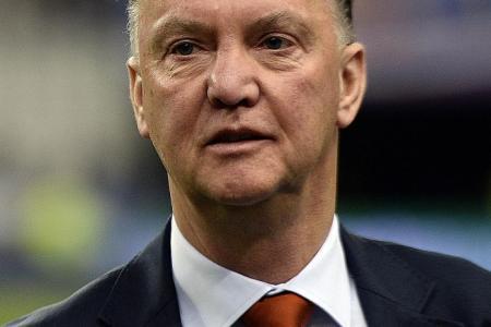 Giggs backs van Gaal