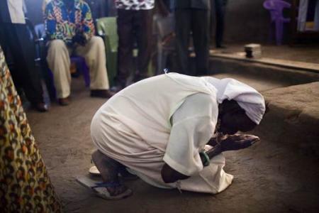 Sudanese woman to hang for abandoning Islam faith