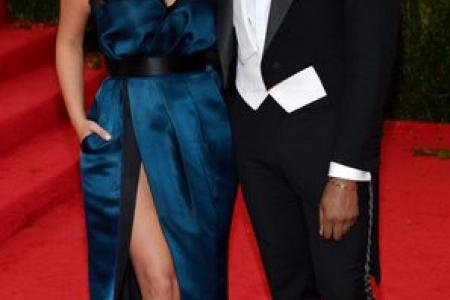 Kim and Kanye to wed in fortress in Italy