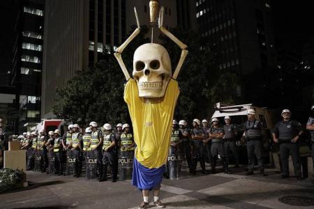 Chaos in Sao Paulo