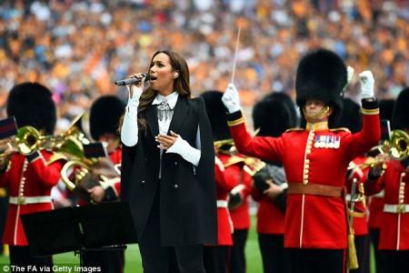 Arsenal fan Leona Lewis opens FA Cup Final