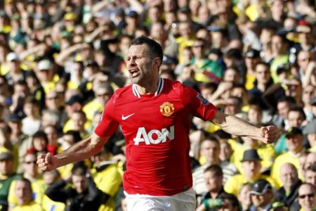 Ryan Giggs retires from football