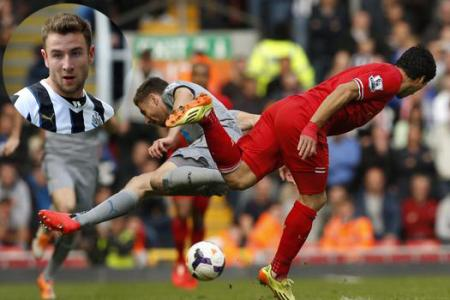 Injured Suarez: Crazed Uruguay fans threaten Newcastle player with death