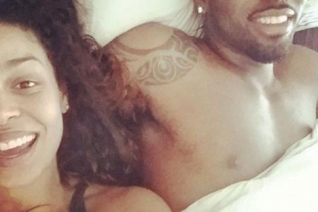 Sparks and Derulo share steamy couple selfie